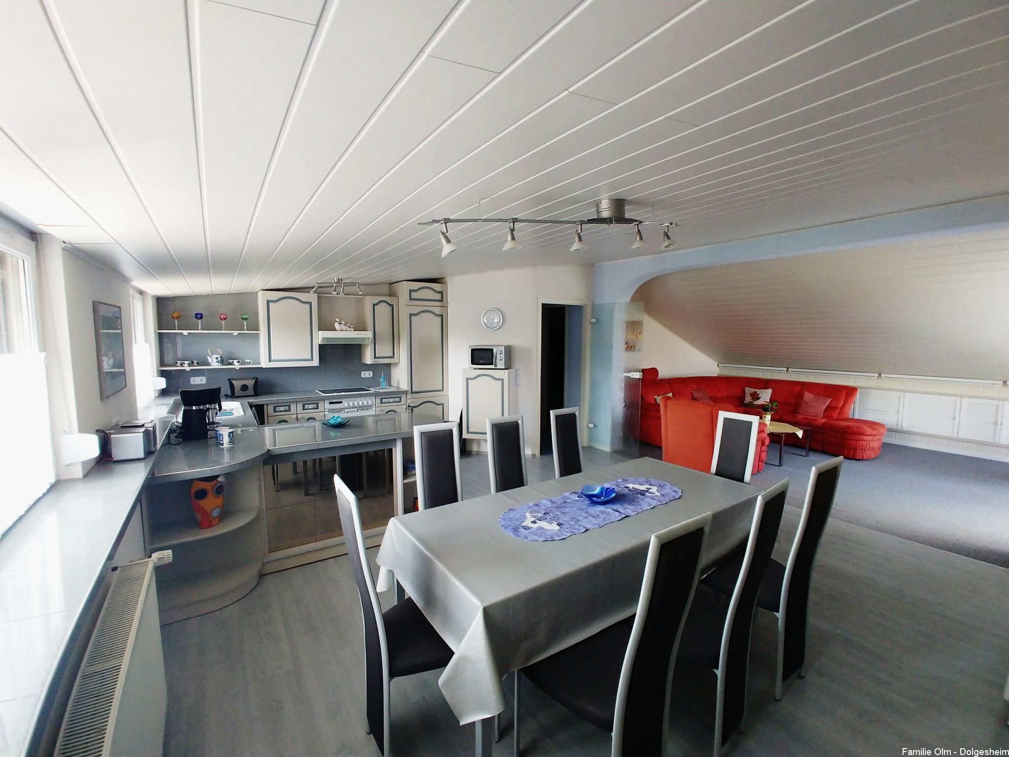 Ferienwohnung Dolgesheim Esszimmer mit Küche