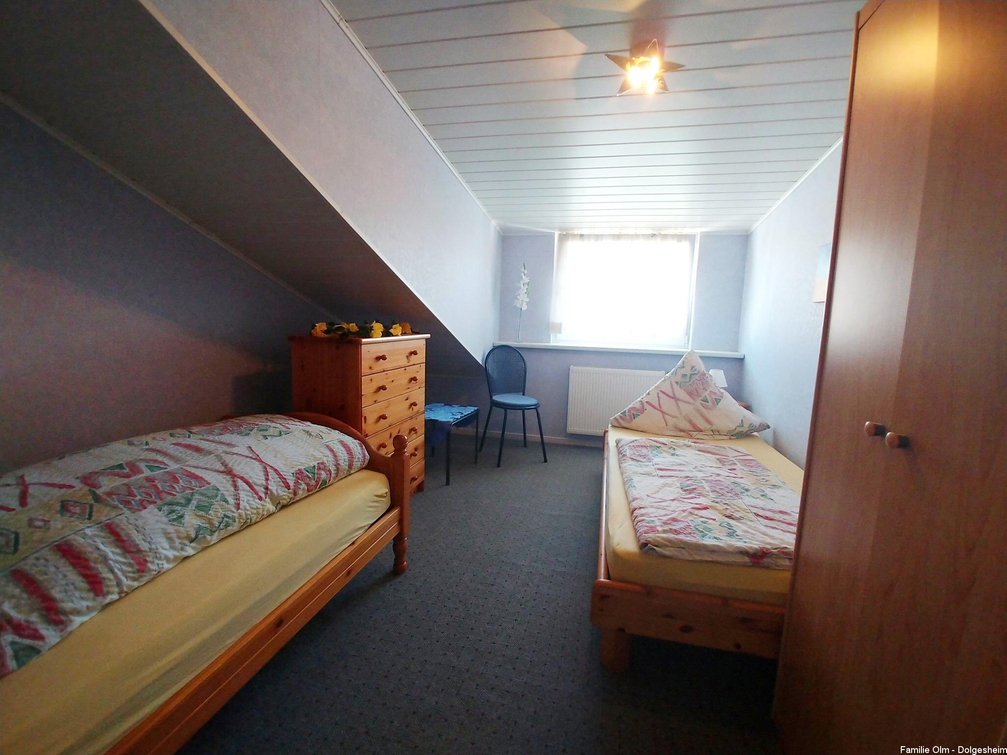 Ferienwohnung Dolgesheim Zweibettzimmer